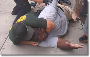 NYPD place chokehold on Eric Garner for selling cigarettes